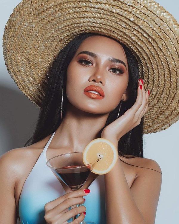 Nhan sắc Hoa hậu Hòa bình Myanmar bị truy nã - Ảnh 19.