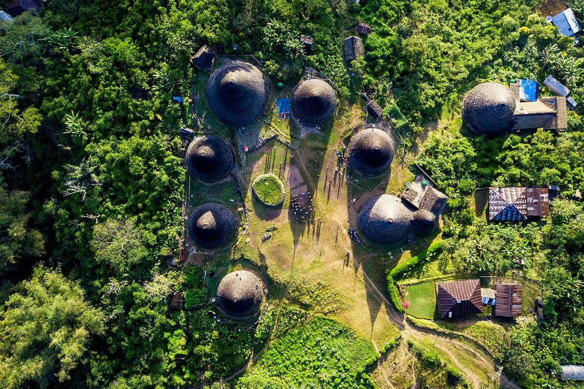 Khám phá làng cổ biệt lập, nằm giữa rừng sâu - Ảnh 3.