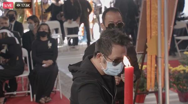 """Tang lễ ca sĩ Phi Nhung ở Mỹ: """"Người tình sân khấu"""" Mạnh Quỳnh nói về nỗi hàm oan của giọng ca bạc mệnh - Ảnh 4."""