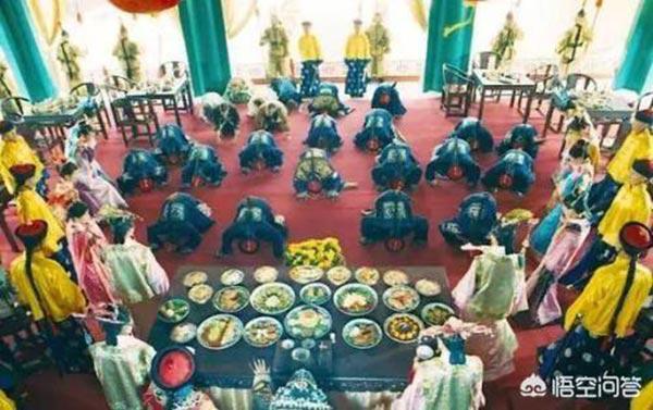 Sốc với cách xử lý thức ăn thừa của vua chúa xưa - Ảnh 3.