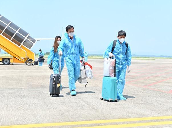 Người dân các vùng khi vào Quảng Ninh cần đáp ứng điều kiện gì? - Ảnh 1.
