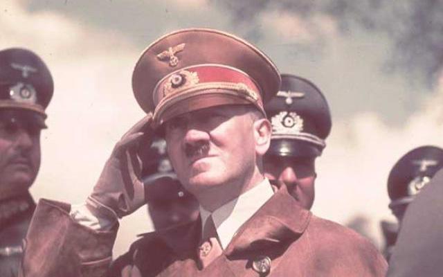 Tàn bạo nhưng thích ăn chay, căm thù thịt: Hé mở bất ngờ về sự thật con người của Hitler