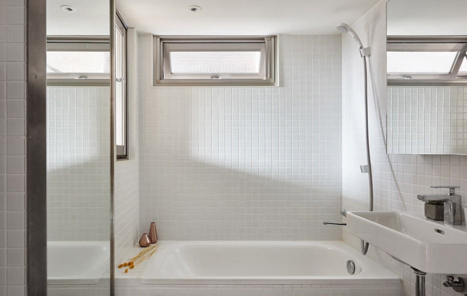 22m2-apartment-a-little-design-interior-taiwan_dezeen_936_15