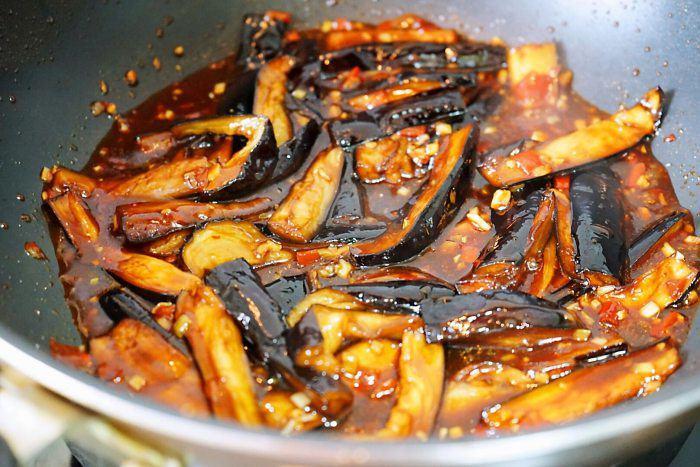 Cà tím đừng nấu canh hay xào, đem kho thế này cả nhà vét sạch nồi cơm - Ảnh 8.