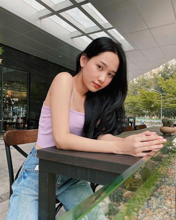 Hai nữ chính phim ma Việt đọ dáng, toàn diện đồ tối giản mà ai cũng nổi bần bật - Ảnh 13.