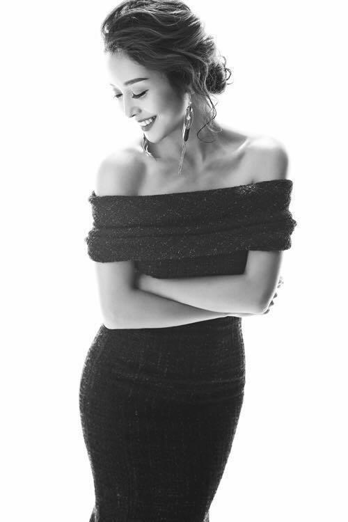 Hoa hậu Jennifer Phạm xinh đẹp và viên mãn tuổi 36 - Ảnh 5.