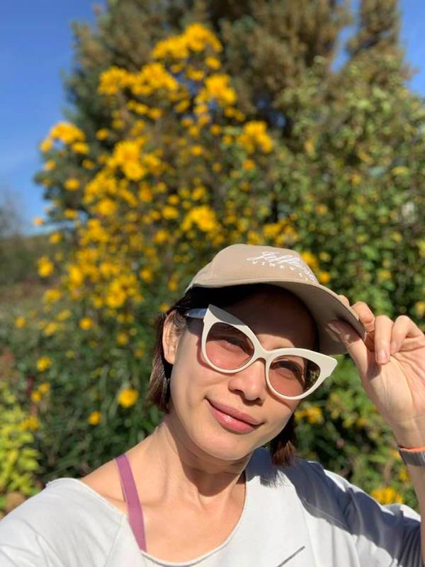 Ngỡ ngàng nhan sắc Hoa hậu Ngọc Khánh khi trở về Việt Nam - Ảnh 8.