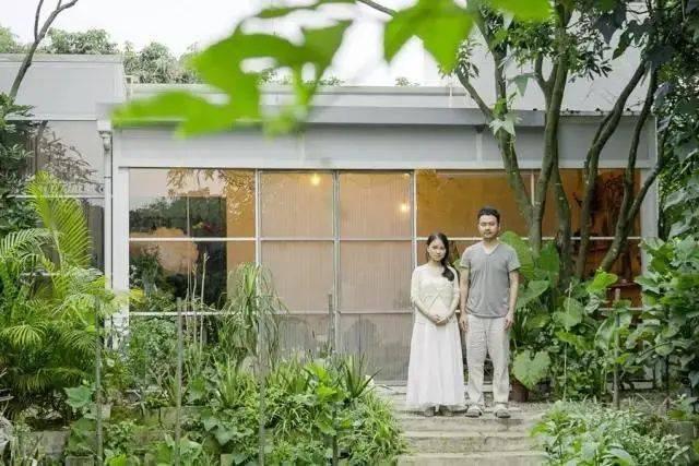Cặp vợ chồng trẻ bỏ phố về quê, xây căn nhà rộng 300m² và chọn sống cuộc đời bình an - Ảnh 4.