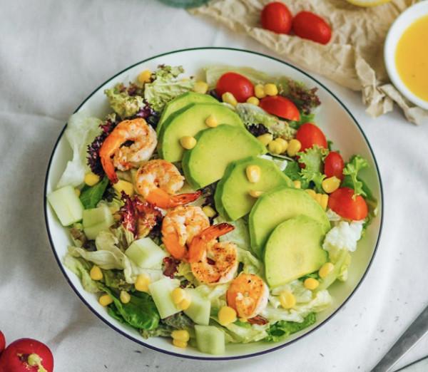 Hướng dẫn chế biến các món salad giảm cân cho chị em nhanh lấy lại vóc dáng thon gọn - Ảnh 2.