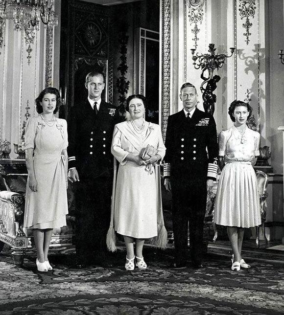 Nữ hoàng chỉ tin ba người nhưng cả ba đều đã qua đời - Ảnh 2.