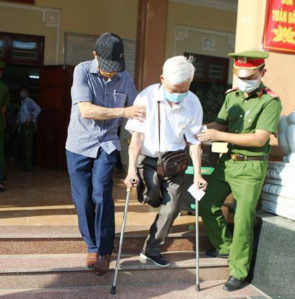 Ngày hội bầu cử trên quê hương Bác - Ảnh 4.
