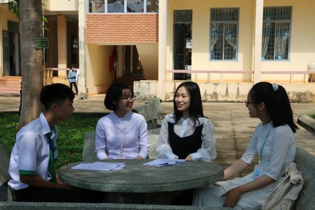 Nữ sinh vùng cao giành học bổng Mỹ, 18 tuổi đăng nghiên cứu tạp chí quốc tế  - Ảnh 3.