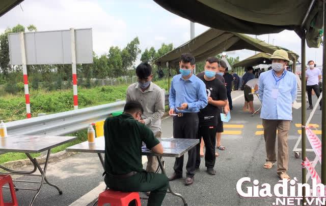 Hình ảnh ngày đầu tái lập chốt kiểm soát phòng chống dịch COVID-19 ở Quảng Ninh - Ảnh 10.