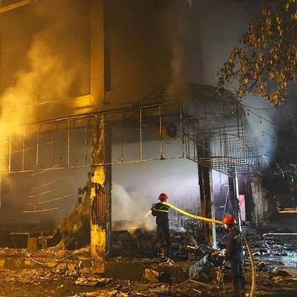 Thông tin mới về vụ cháy phòng trà TP Vinh khiến 6 người tử vong - Ảnh 1.