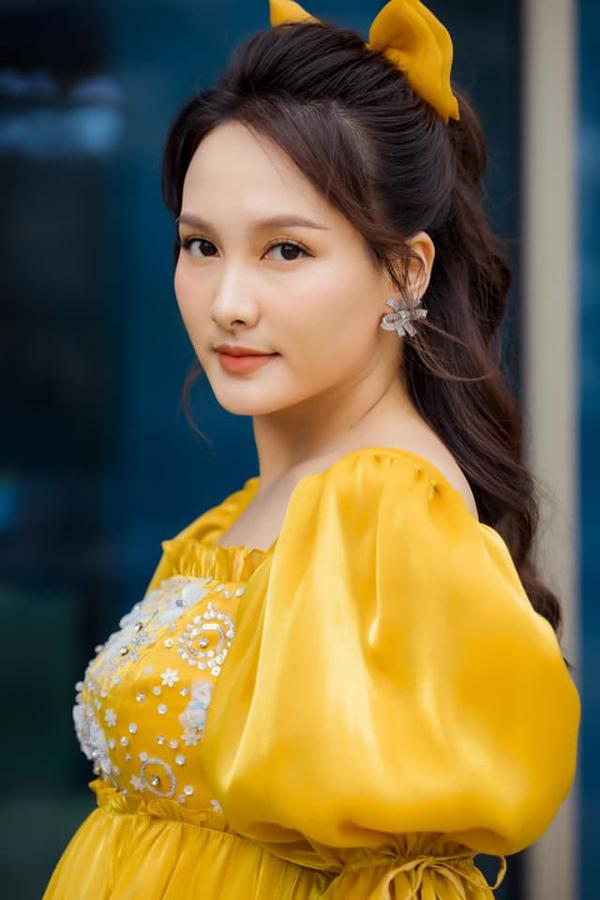 2 ông chồng điểm 10 vừa giàu lại chiều vợ của Bảo Thanh, Lã Thanh Huyền - Ảnh 2.