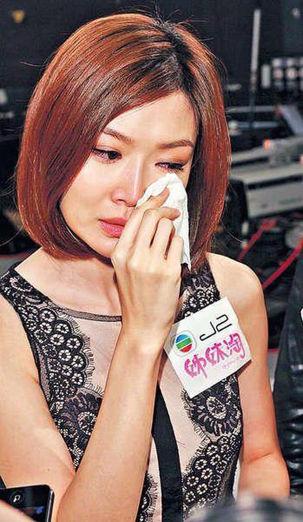 Che giấu suốt 16 năm, Triệu Vy chưa bao giờ nhắc tới người vợ cũ của chồng là Hoa hậu chuyên đi đào mỏ nổi tiếng - Ảnh 5.