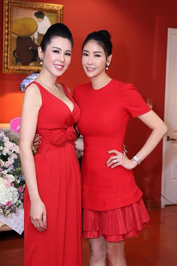 Nhan sắc á hậu Vi Thị Đông tuổi 46 - Ảnh 8.