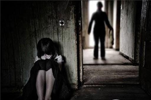 Truy tố nhóm người mua dâm nhiều thiếu nữ dưới 16 tuổi - Ảnh 1.