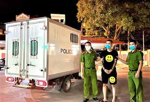 دستگیری دو نفر متصل به خط مواد مخدر دخترانه فروش Bun Bo Hue - عکس 1.