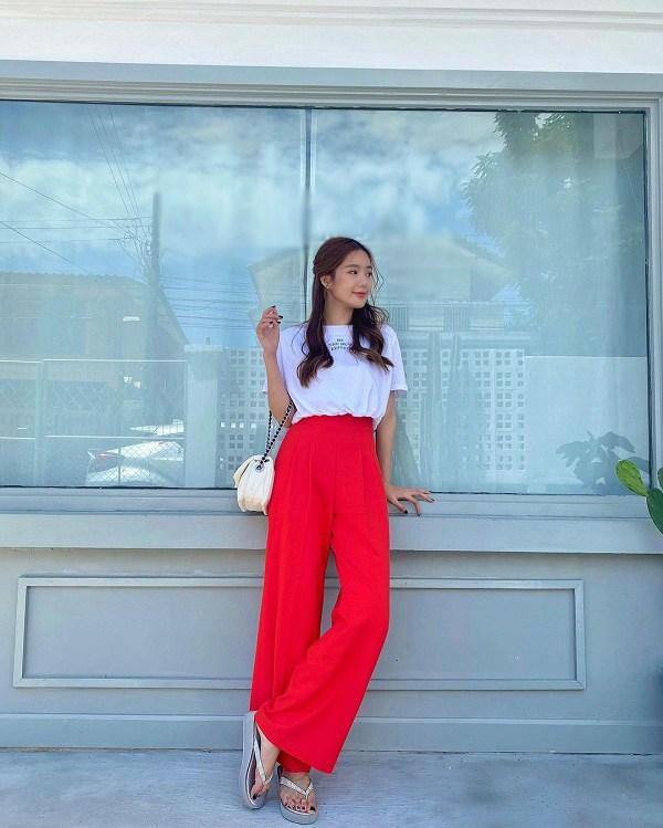 بیاموزید که چگونه شلوار فوق العاده زیبا با پاهای گشاد انجمن دختران تایلند بپوشید - عکس 2.