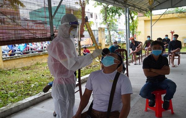 Tổ công tác Bộ Y tế tích cực giúp Đồng Tháp chống dịch - Ảnh 2.