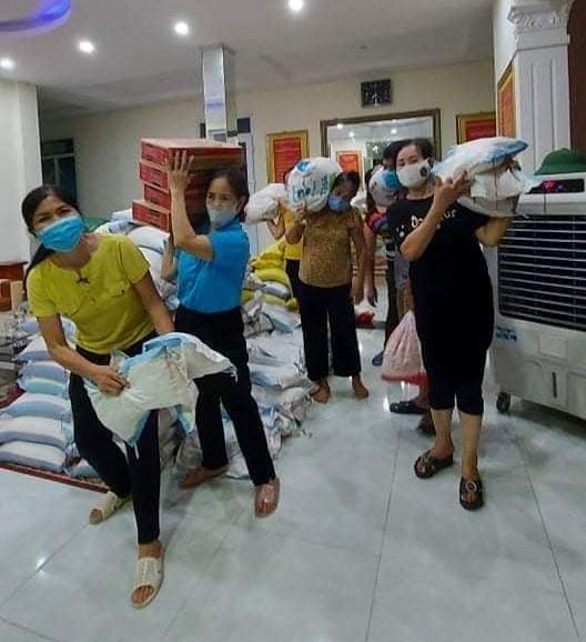 Những chuyến hàng nghĩa tình của người dân xứ Thanh chuẩn bị vận chuyển vào TP Hồ Chí Minh - Ảnh 5.