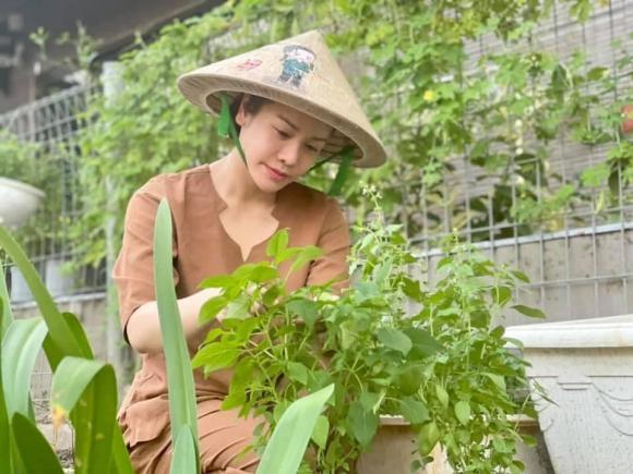 Nhật Kim Anh làm chị nông dân trong ngày giãn cách - Ảnh 10.
