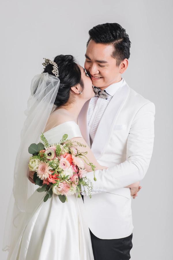 Vợ MC Hạnh Phúc Chuyển động 24h sinh con gái đầu lòng sau 1 năm kết hôn - Ảnh 3.