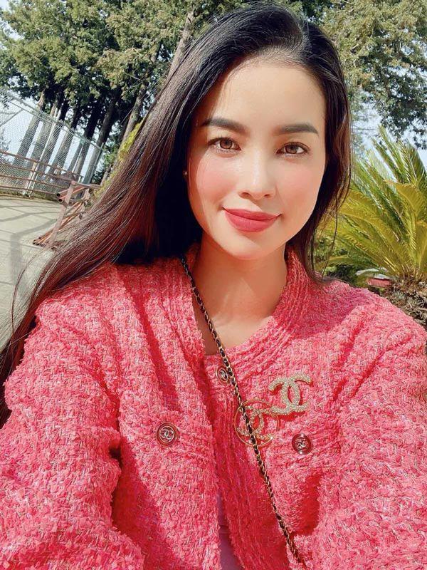 Phạm Hương lộ ảnh chất lượng thấp nhưng nhan sắc chất lượng cao - Ảnh 17.