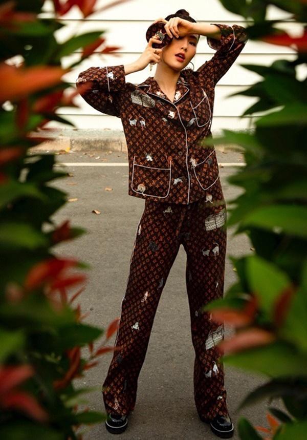 Hà Hồ, Lệ Quyên mặc đồ ngủ pyjama thôi mà nhìn giá phát hoảng - Ảnh 4.