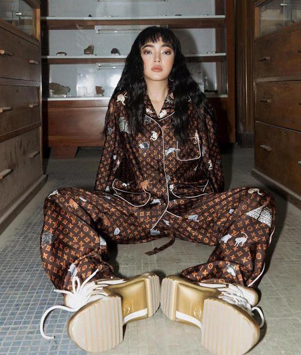 Hà Hồ, Lệ Quyên mặc đồ ngủ pyjama thôi mà nhìn giá phát hoảng - Ảnh 5.