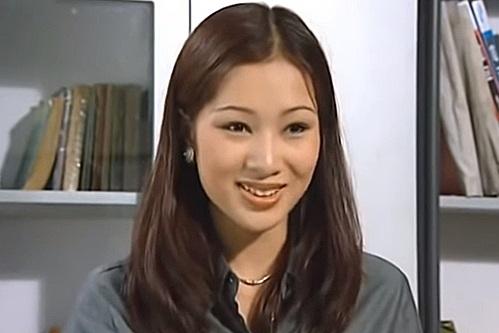 Hoa khôi Thu Hương: 16 tuổi kiếm tiền, 21 tuổi là CEO, 27 tuổi lấy đại gia - Ảnh 3.