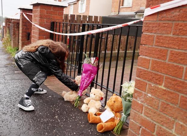 Bé trai 8 tuần tuổi chết với nhiều vết dao đâm, cảnh sát lập tức bắt giữ bà mẹ với loạt uẩn khúc phía sau - Ảnh 9.