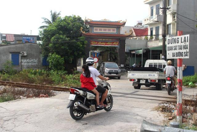 Hải Dương: Người phụ nữ huyện Kim Thành dương tính SARS-CoV-2, có chồng làm nghề lái xe - Ảnh 3.