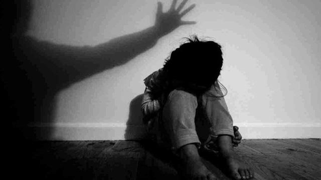 Vụ clip sex của bé trai 9 tuổi với bé gái 12 tuổi: Giải pháp nào ngăn chặn tình trạng trên? - Ảnh 1.