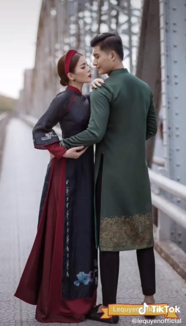 Lộ ảnh đẹp như ảnh cưới của Lệ Quyên và tình trẻ - Ảnh 2.