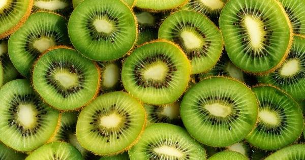 Ai cũng nghĩ hạnh nhân giàu vitamin E số 1 cho đến khi biết về các thực phẩm này - Ảnh 9.