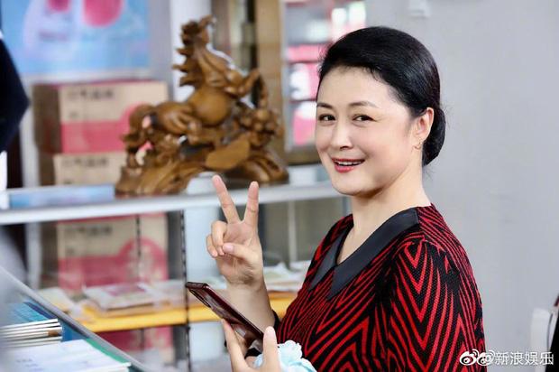 زیبایی سفر به غرب ناگهان در اثر یک تصادف غم انگیز درگذشت ، ژانگ زی و ستاره ها برای تسلیت آنها عزادار شدند - عکس 7.