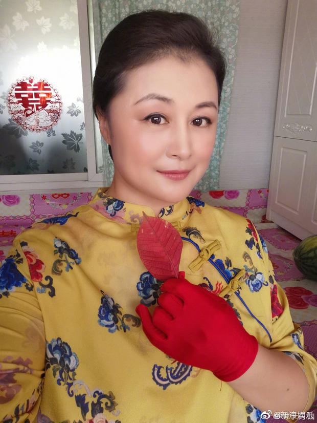 زیبایی سفر به غرب به طور ناگهانی در اثر یک حادثه غم انگیز درگذشت ، ژانگ زی و ستاره ها برای تسلیت خود عزادار شدند - عکس 8.