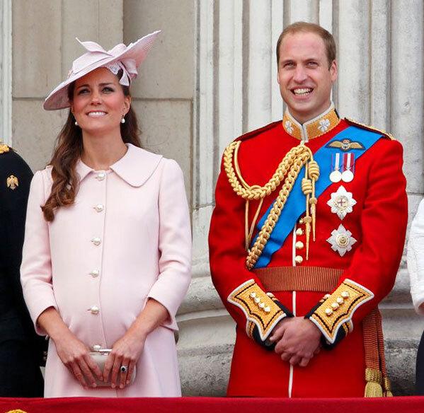 Chiến lược quyền riêng tư của nhà Harry sai lầm so với nhà William - Ảnh 3.