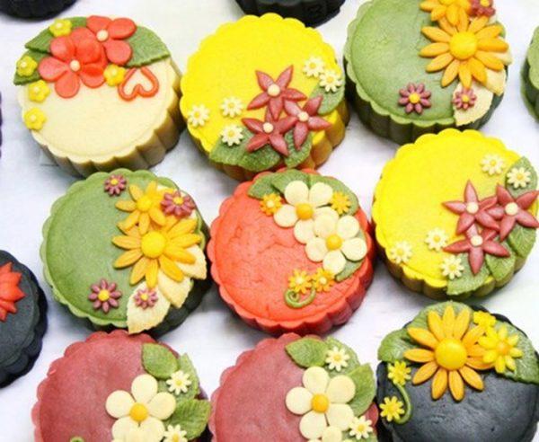 Các mẫu bánh Trung thu nhìn cái muốn mua ăn ngay vì ngon, đẹp và 6 cách ăn để không bị béo - Ảnh 3.
