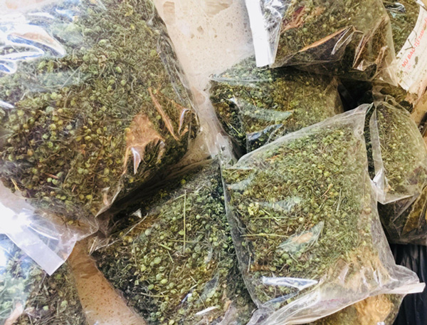"""Dân Việt """"xếp hàng"""" chờ cả tuần để đặt mua nụ của loài hoa này về làm rau ăn - Ảnh 3."""