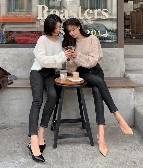 4 kiểu giày giúp làm thon chân - Ảnh 3.