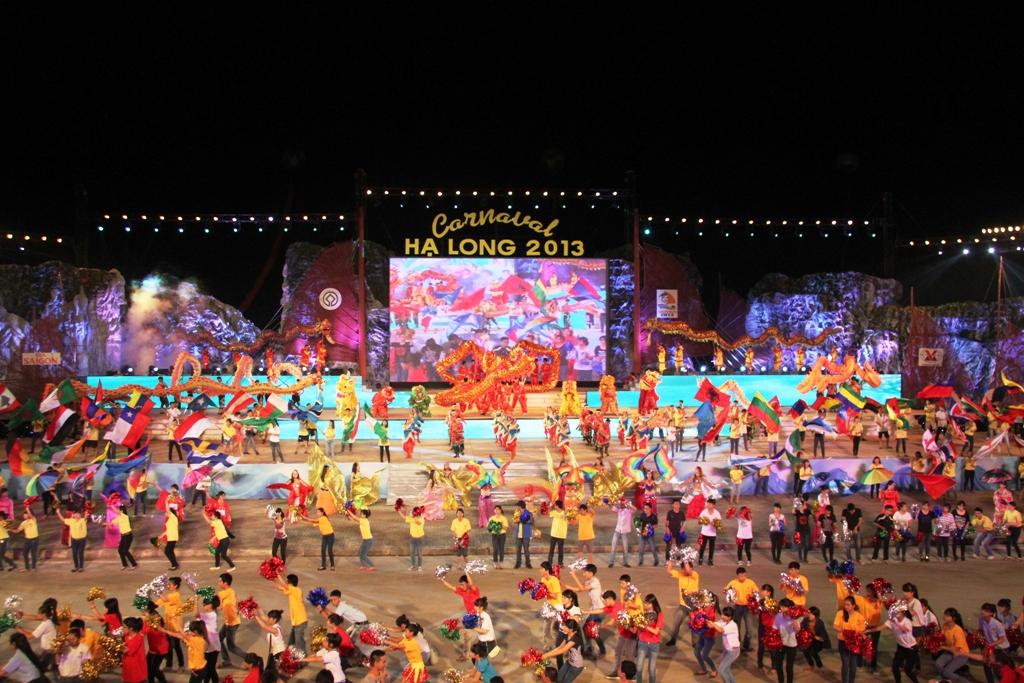 Ngắm hình ảnh rực rỡ tại lễ hội Carnaval Hạ Long 2013 3