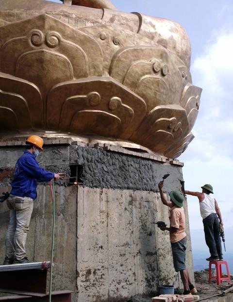 Gấp rút hoàn thành tượng đồng Phật hoàng Trần Nhân Tông  để kịp Đại lễ  4