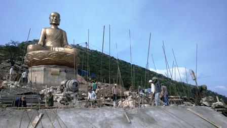 Gấp rút hoàn thành tượng đồng Phật hoàng Trần Nhân Tông  để kịp Đại lễ  3