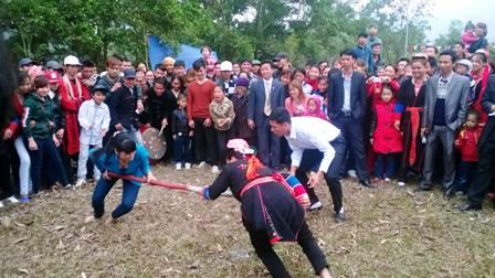 Đặc sắc các trò chơi, môn thể thao dân gian đầu xuân của người Dao 13