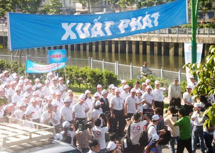 TP HCM: Tưng bừng chào đón dân số vàng 13