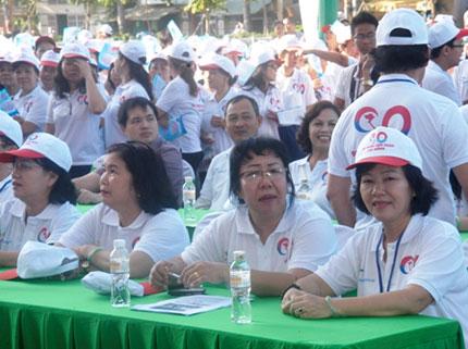 TP HCM: Tưng bừng chào đón dân số vàng 8