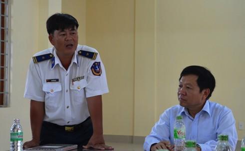 Tổng cục trưởng TC DS-KHHGĐ thăm và tặng quà các chiến sĩ Cảnh sát biển Việt Nam 4